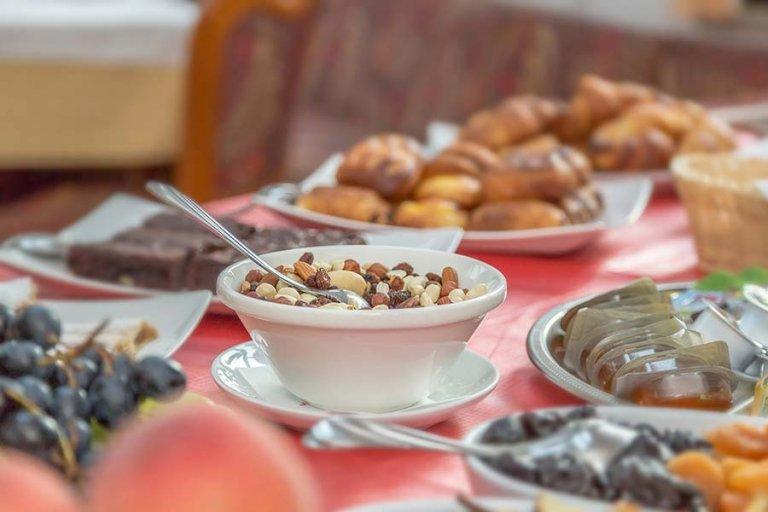 Zajtrk v restavraciji Miklič