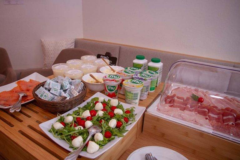 Zajtrk Avgusta