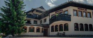 Garni hotel Miklic front side summer